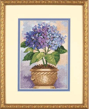 Hydrangea in Bloom-06959- by Dimensions