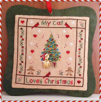 My Cat Loves Christmas (Buttons included) by MTV Designs