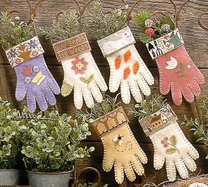 Garden gloves by Prairie Schooler