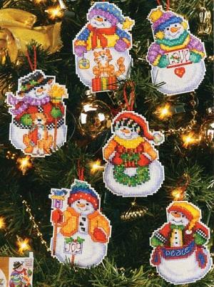 Snow folks ornaments by Janlynn