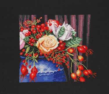 Rose hip bouquet by Lanarte