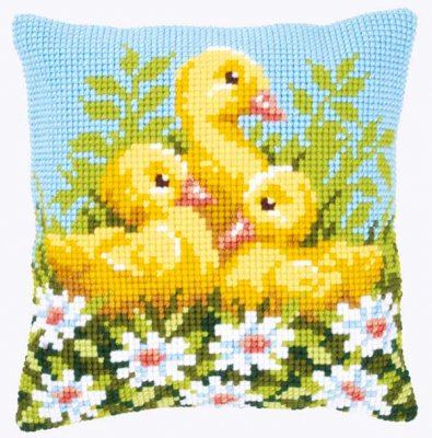 Duckling with daisies,PNV146248,Vervaco