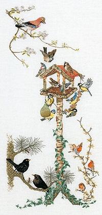 Bird feeder by Thea Gouverneur