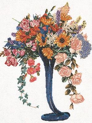 Elegant cut Flowers by Thea Gouverneur