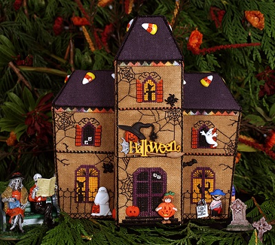 Gingerbread Haunted House by The Victoria Sampler