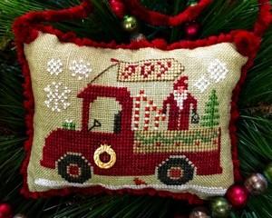 Homespun Elegance Christmas Joy Truck