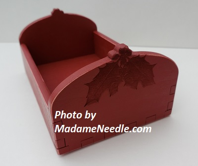 Wooden tray RED HOLLY
