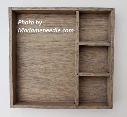 Wooden box in grey wash- 3small and 1 big dept