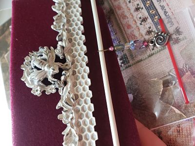 Honeycomb Vintage White with Dangle Opening by Just Nan