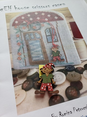 Elf house scissors case by Romy's Creations
