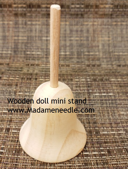 Wooden doll mini stand number 40