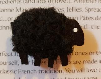 Black sheep needleminder