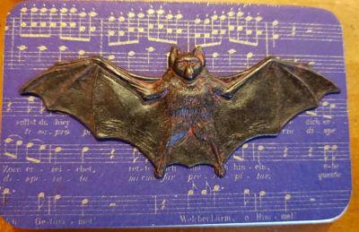 Madame Needle Mr.Halloween Bat needle box