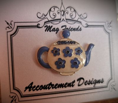Needle minder Blue teapot
