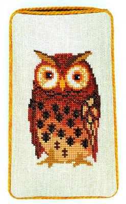Owl eyeglass case by Eva Rosenstand