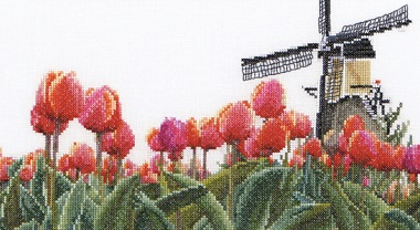 Tulip field by Thea Gouverneur