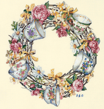 Teacup wreath by Candamar