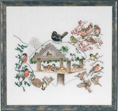Bird feeder by Permin