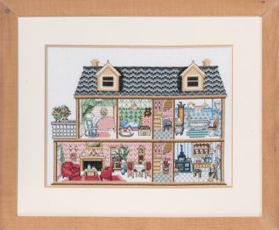 Antique Dollhouse by Permin