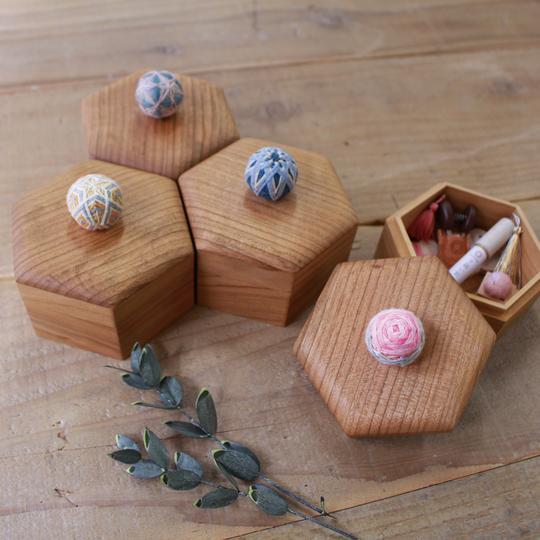 HEXAGONAL TEMARI BOX-YELLOW