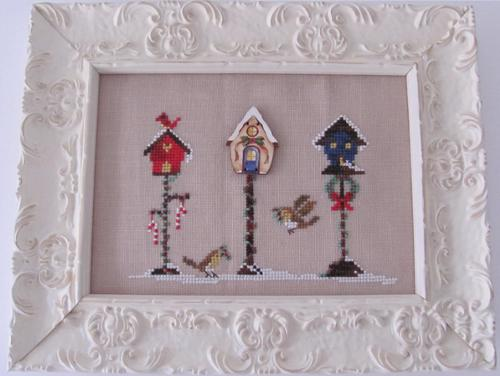 Christmas Birdhouse with Button MDD-CBWB by Mani di Donna