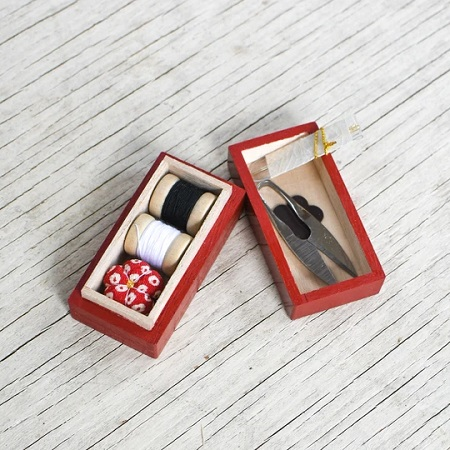 HIRO TINY LACQUER SEWING BOX