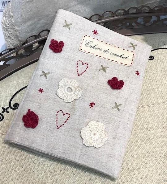 Un Chat Dans L'alguille Crochet sampler book