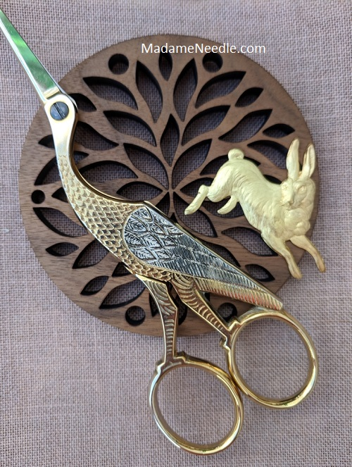 Hey Rabbit! wooden scissors holder by Madame Needle