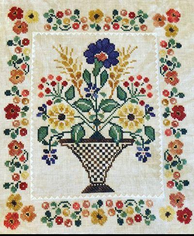 Jeannette Douglas Designs Blooming bouquets #5 Bountful