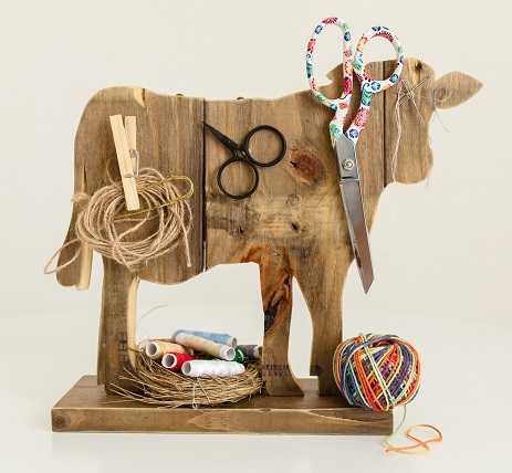 Mrs. Cow wooden working station by Madame Needle