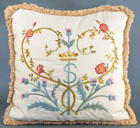 The Crewel Work Company Glamis crown,rose and thistle