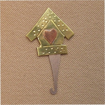 BIRDHOUSE NEEDLE THREADER