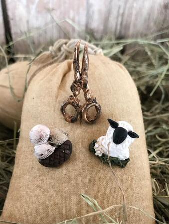 The Primitive Hare The Sheep company pin set
