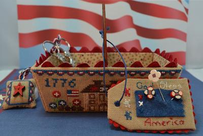Patriotic Days Sewing Basket MDD-PDSB by Mani di Donna