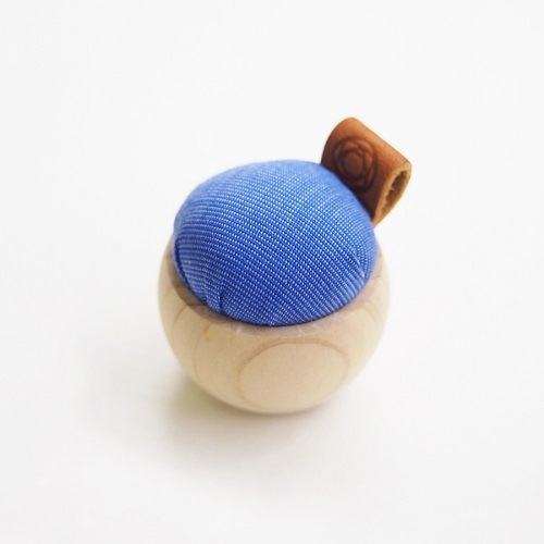 Pincushions of Cypress and Banshu Textile (Blue)
