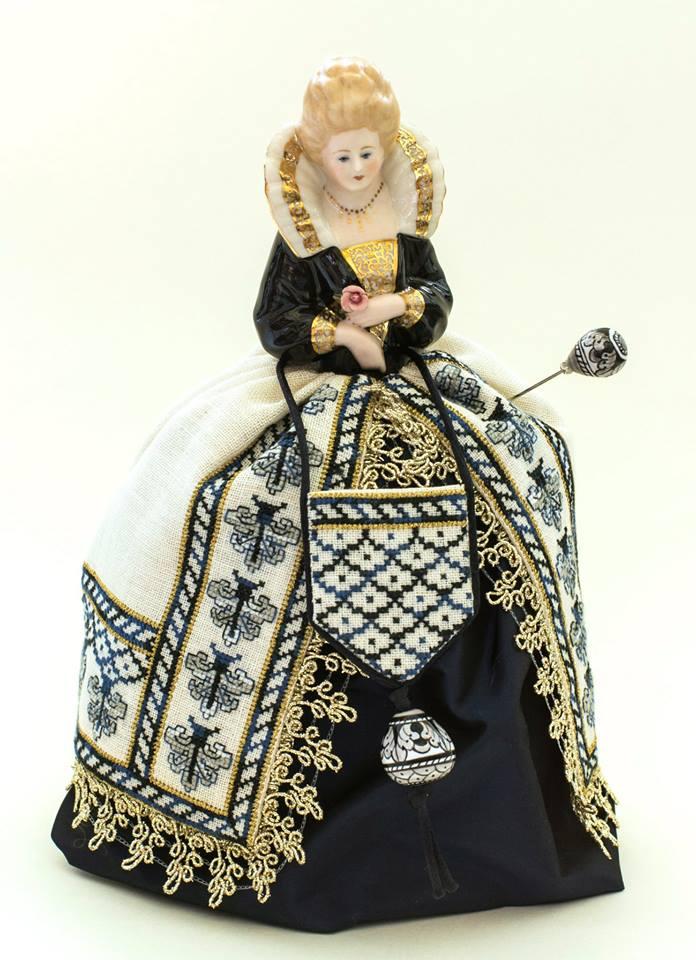 Sara – A Deruta Renaissance Pincushion Doll by Giulia Punti Antichi