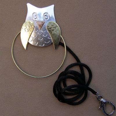 OWL SCISSOR SITTER
