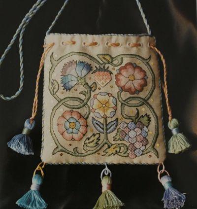 Nostalgic Needle Queen's Sweet Bag