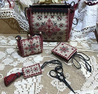 Mani di Donna Black Ruby Sewing Purse MDD-BRSP