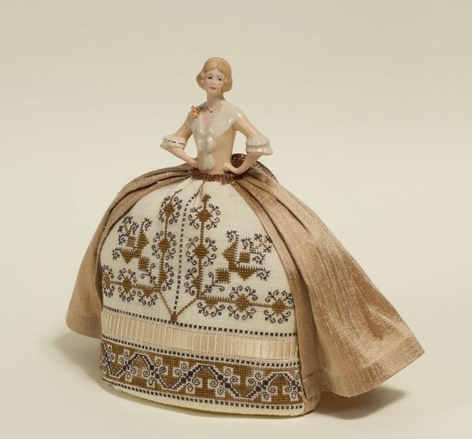 Sofia – An Italian Style Pincushion Doll by Giulia Punti Antichi