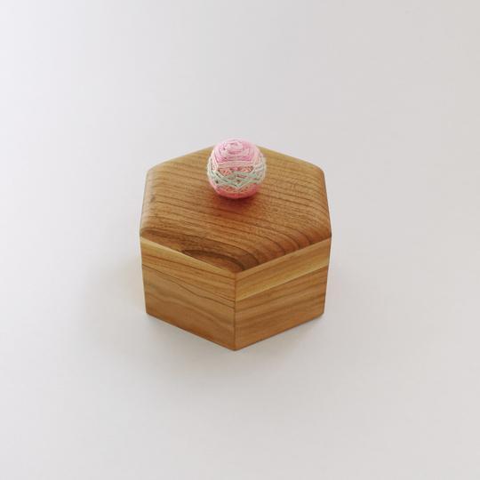 HEXAGONAL TEMARI BOX-PINK