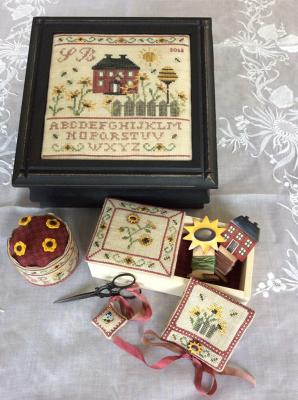 The Sunflower Cottage Sewing Box MDD-TSCSB by Mani di Donna