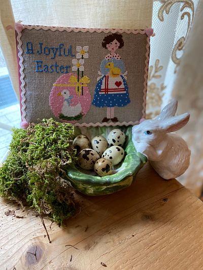 Lilli Violette A joyful Easter