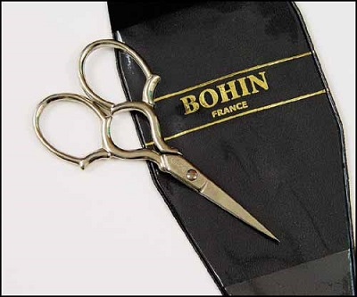 Grands Anneaux embroidery scissors by Bohin