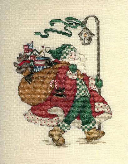Sue Hillis Designs Here comes Santa