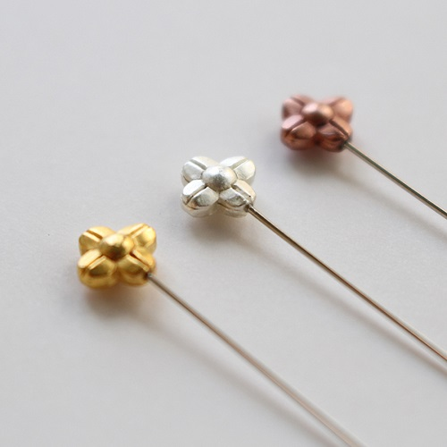 Marking Pins with Flower colored Gold, Silver and Bronze