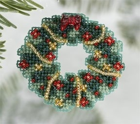 Holly Wreath,MH186303,Mill Hill