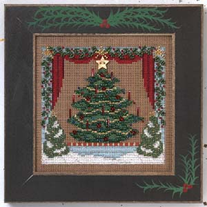 Royal tannenbaum-MHCB246- by Mill Hill
