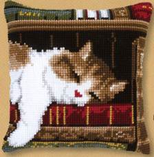 Vervaco Cat sleeping on bookshelf,PNV146409