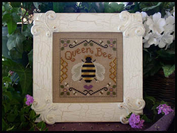 Queen bee by Little House Needleworks
